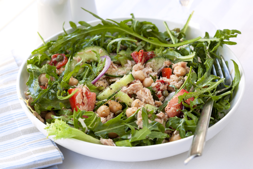 Tuna salad with chickpeas, arugula, tomatoes, red onion and capers.  Delicious, low-fat healthy eating.