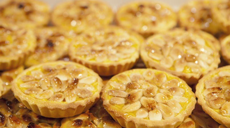 Italian Ricotta Almond Tart Recipe. Gluten-Free Friendly! - Levana ...