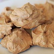 levana-cooks-kosher-queen-of-spelt-Chocolate-Hazelnut-Meringues