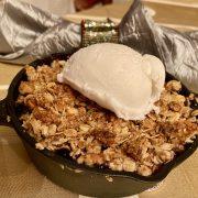 Individual Berry Crumb Pie