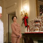 Mrs. Laura Bush participate in holiday press preview on the State Floor