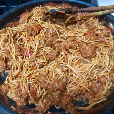 quick-pasta-bolognese-levanacooks